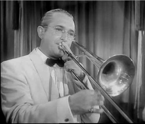 Tommy_dorsey_playing_trombone[1]